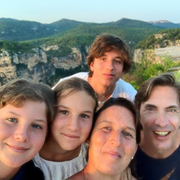 Kicking' Cancer with Inés & Family