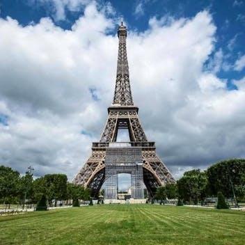 Paris débarque !